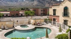Fairfield Inn & Suites Tucson North/Oro Valley Oro Valley Located off of Highway 77, this Oro Valley hotel is 11 miles north of downtown Tucson. It features spacious studios with free Wi-Fi and serves a daily buffet breakfast.