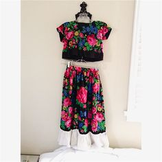 Vintage Crop and Skirt Set Beautiful piece/pieces! So pretty. Perfect for festivals or just making a statement. Truly one of a kind. Size XS. Includes crop top and peasant skirt. Handmade. Not sure what decade. Looks like retro peasant style. Vintage Dresses