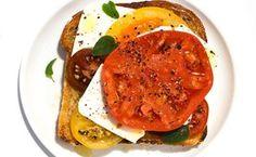 Tomato-Feta Open-Face Sandwich / Photo by Zach DeSart Soup Recipes, Salad Recipes, Vegetarian Recipes, Dinner Recipes, Cooking Recipes, Healthy Recipes, Alkaline Recipes, Greek Recipes, Dinner Ideas