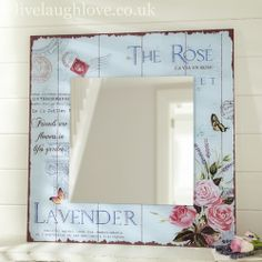 Carte Postale Square Mirror-Can do it with: pallets, floral card (decoupage), and mirror - Shabby Chic Style Shabby Chic Salon, Shabby Chic Wardrobe, Modern Shabby Chic, Shabby Chic Vanity, Shabby Chic Sofa, Shabby Chic Wallpaper, Shabby Chic Garden, Shabby Chic Farmhouse, Shabby Chic Crafts