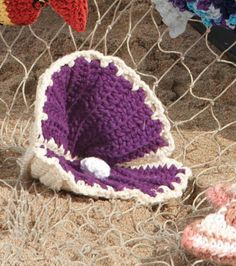 We love this #crochet oyster! #summer #kidscrafts