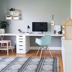 A #workspacegoals fave from Anu @nalleshouse in Canada  › via @Workspace Goals on Instagram