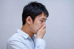 酷い光景を目の当たりにする男性 大川竜弥 / Free Stock Photos