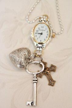 llave reloj