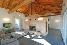 Case In Pietra E Legno Interni : Fantastiche immagini su interni case in pietra attic