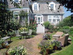 TRISHA TROUTZ: Nantucket Classic