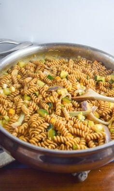 one-pot-coconut-curry-pasta-vegan-thai-4 (3)