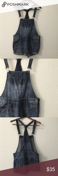 Express denim shorts overalls size 8 in EUC Overalls are BACK! Channel your childhood with these comfy overall shorts from Express. There is one stitch that has come undone on the back of one of the legs that keeps the folded cuff intact; however, it is a simple mend, and in the meantime, I have ironed the cuff in place. Some measurements are shown in the picture, but comment below if you need/want more measurements. Bundle with other items from my closet for the best deal! Express Shorts