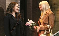 '2 Broke Girls' season premiere: The 10 dirtiest jokes from the 'softopening'