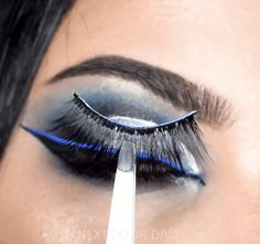 Cool toned vibes I've got today 😍.... I kept it simple ! Eye Makeup Images, Asian Eye Makeup, Natural Eye Makeup, Blue Eye Makeup, Makeup For Brown Eyes, Cool Undertones, Eyeshadow Looks, Cool Tones, Smokey Eye