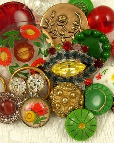 VINTAGE BUTTONS ~ Glass~Rhinestone~Metal