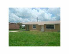 FOR SALE 4BED/2BATH RENTAL PROPERTY WITH LONG TERM RENTER NET 16% 1117 Mississippi Avenue, Clewiston, FL 33440  PARADISE REAL ESTATE INTERNATIONAL www.paradiserei.com