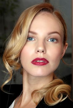 101 Party Makeup Ideas 2016 | red lips + soft shimmery shadow | Holiday makeup