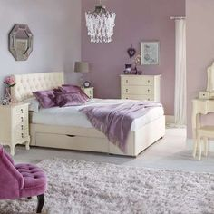 Collette Cream Bedroom Furniture Collection