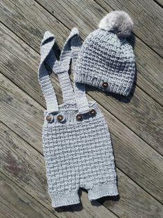Sjakkmattshortsen og sjakkmatt lue Winter Hats, Fashion, Moda, Fashion Styles, Fashion Illustrations