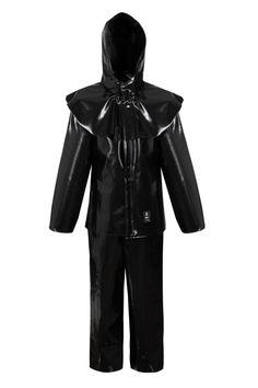 КОСТЮМ КИСЛОТОЗАЩИТНЫЙ Артикул: 412 Костюм, с двусторонними герметичными швами, состоит из куртки (с застежкой на потайные кнопки), специального капюшона и полукомбинезона. Выполнен из влагостойкой, кислото-щелочностойкой ткани Plavitex Acid. Костюм защищает от NaOH, KOH, HNO3 и H2SO4, атмосферных осадков, дождя и ветра. Предназначен для рабочих химических отраслей. Изделие отвечает европейским стандартам: EN ISO 13688, EN 343 и EN 14605.