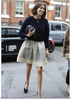 Alexa Chung in full skirt and knit london fashion week #themoderncool