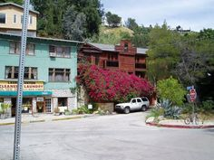 Jim Morrison's old house next to Laurel Canyon Cleaner & Laundry.