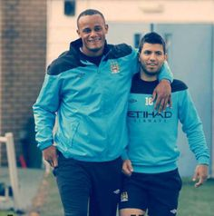 Vincent Kompany and Sergio Aguero Best Football Team, Liverpool Football Club, Football Stuff, Vincent Kompany, Zen, Kun Aguero, Major League Soccer, English Premier League, Super Sport