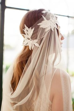 8c72d2e3be6b1 Complete your bridal look with the perfect wedding Veils  Wedding Veils  Online