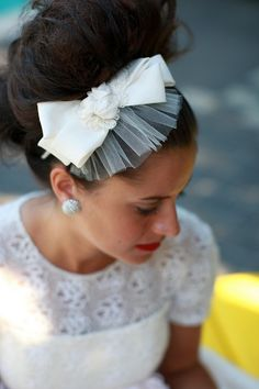 bow-Nice alternative to a long veil. Appropriate for short dress or beach wedding.