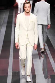 Canali, ideal for lounging with a GnT somewhere on the subcontinent.