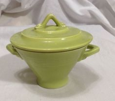 Harlequin-Homer-Laughlin-Pottery-Sugar-Bowl-Lid-Chartreuse-Mid-Century