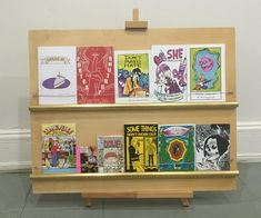 Make a Zine Display/Rack: Here is how to make a zine display for your zines.Materials:Flat panel of plywood (luan pictured) (The board pictured is 24 x 30 inc Vendor Displays, Craft Booth Displays, Display Ideas, Display Stands, Diy Necklace Stand, Diys, Craft Stalls, Artist Alley, Frame Crafts