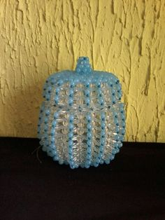 Bomboniere Beaded Clutch, Beaded Bags, Bead Crafts, Diy And Crafts, Bead Bowl, Fabric Origami, Bead Art, Beading, Boxes