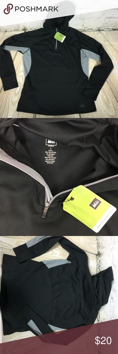REI Athletic Wear Pullover hoodie NWT size Large New with tags REI athletic hoodie with thumb holes. Size Large REI Tops Sweatshirts & Hoodies