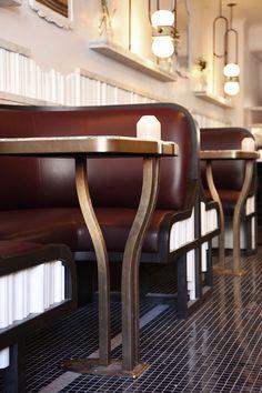 Chairs For Sale Restaurant Referral: 1895519699 Restaurant Banquette, Restaurant Seating, Hotel Restaurant, Restaurant Design, Pallet Seating, Booth Seating, Banquette Seating, Table Furniture, Furniture Design