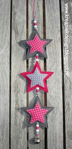 Garland of stars // idea - xmas Christmas Projects, Felt Crafts, Christmas Crafts, Christmas Ornaments, Christmas Sewing, Handmade Christmas, Christmas Diy, Christmas Fabric, Hobbies And Crafts