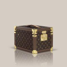 LOUIS VUITTON Official Mobile Site - Louis Vuitton Women Travel - louisvuitton.com