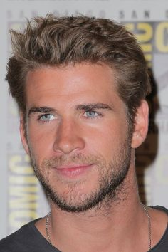 Pin for Later: 57 Celebrities Who Look Even Sexier Thanks to Their Scruff Liam Hemsworth Liam Hemsworth, Hemsworth Brothers, Celebrity Crush, Celebrity News, Celebrity Photos, Celebrity Style, Bae, Raining Men, Celebrity Babies