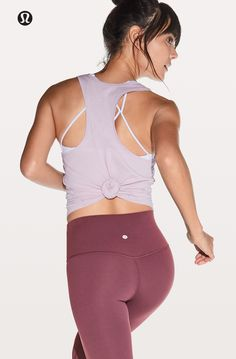 Yoga Clothes : Minimize distractions and maximize comfort. Yoga Clothes : Minimize distractions and maximize comfort. Cute Workout Outfits, Workout Attire, Workout Wear, Athletic Outfits, Athletic Wear, Sport Outfits, Athletic Clothes, Sexy Outfits, Casual Outfits
