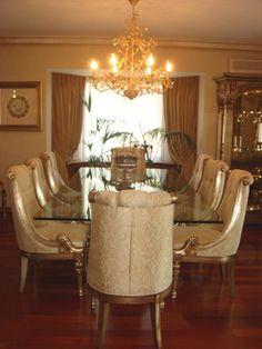 Is that the dining room that you wish. Hayalini kurduğumuz yemek takımı bumu ?