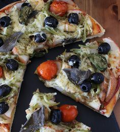 Fruit farm pizza with chocolate topping
