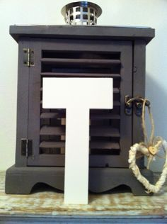 Freestanding Wooden Wedding Letter 'T' - Plain Finish - 15cm - Ariel  £6.95