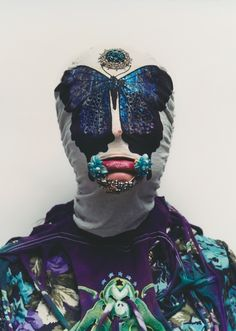 Axel Hoedt photographs designer JJ Hudson's work, Noki Weird Fashion, New Fashion, La Face, Fashion Mask, Masks Art, Textiles, Tumblr, Headdress, Masquerade