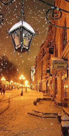 Snowy Moscow night • photo: Leleniya