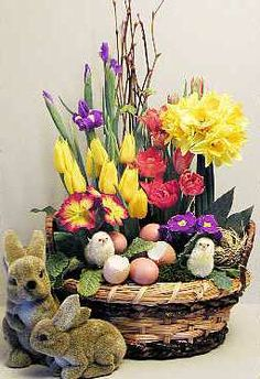 Easter Flower Arrangements Easter Flowers – Symbolic of Renewal and Spring Easter Flower Arrangements. There are specific kinds of flowers that are typically used in celebrating Easter, which… Easter Flower Arrangements, Easter Flowers, Spring Flowers, Floral Arrangements, Easter Garden, Easter Pictures, Diy Ostern, Arte Floral, Easter Wreaths
