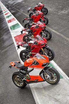 Racing Cafè: Ducati 1199 Panigale Evolution
