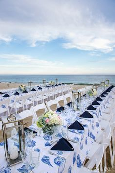 19 Fun-In-The-Sun Ideas For A Summer Wedding: #6. Host a seaside reception