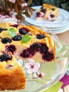 Az otthon ízei: Sült túrótorta szederrel Tart, French Toast, Pudding, Sweets, Meals, Cooking, Breakfast, Ethnic Recipes, Cook Books