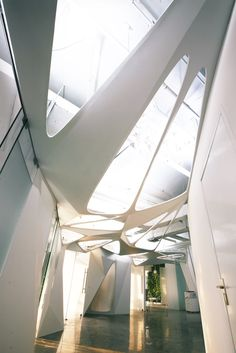 Eegoo Offices / dEEP Architects via. archdaily Architects: dEEP Architects Location: Be. Architecture Design, Futuristic Architecture, Beautiful Architecture, Contemporary Architecture, Installation Architecture, Building Architecture, Light Architecture, Habitat Collectif, Architecture Organique