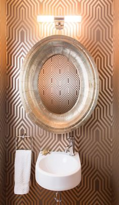 The best powder room ideas for your power room decorating inspiration. See our favorite wallpaper ideas for powder rooms. For more bathroom design ideas and wall ideas go to Domino. Bathroom Photos, Guest Bathrooms, Bathroom Wallpaper, Of Wallpaper, Bright Wallpaper, Outdoor Bathrooms, Beautiful Wallpaper, Small Bathrooms, Dream Bathrooms