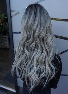Rooty Blond It,s Gorgeous Hair Color Ideas 2019 Unique Hairstyles, Trendy Hairstyles, Latest Hair Color, Gorgeous Hair Color, Hair Highlights, Hair Colors, Hair Trends, Blond, Long Hair Styles
