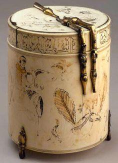 Sicilian ivory pyxis, 12th century, Louvre Museum