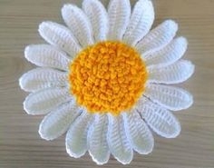 Has done a beautiful flower crochet yarn? Then not even come on .. - Crochet Free