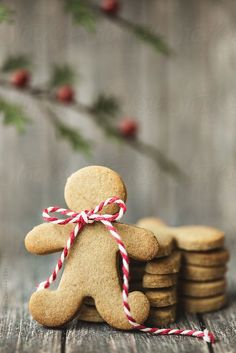 Gingerbread man by Ruth Black - Gingerbread, Gingerbread man - Stocksy United Christmas Kitchen, Noel Christmas, Christmas Treats, Christmas Baking, All Things Christmas, Winter Christmas, Christmas Cookies, Christmas Decorations, Christmas Gingerbread Men